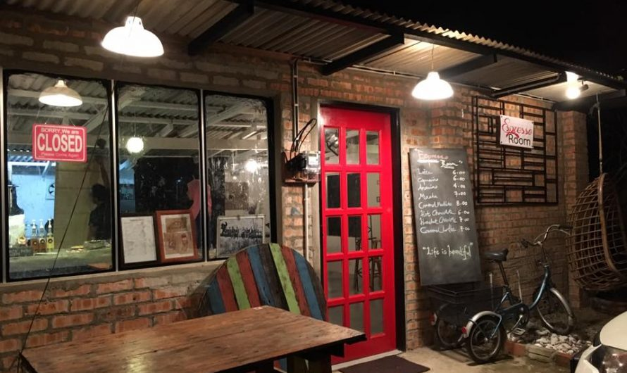 Belanja Suami Dinner Di Far Haus Cafe & Espresso Room