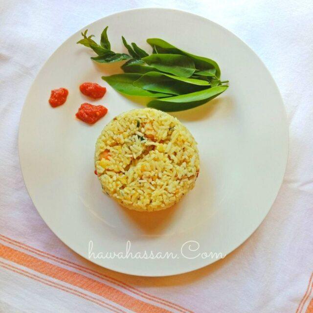 nasi goreng ikan rebus