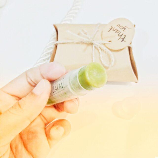 produk untuk memerahkan bibir hitam